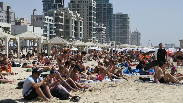 La playa de Tel Aviv