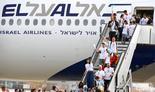 Un grupo de inmigrantes judíos arriba al aeropuerto David Ben-Gurión de Tel Aviv