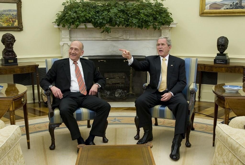 Encuentro entre Olmert y Bush en la Oficina Oval