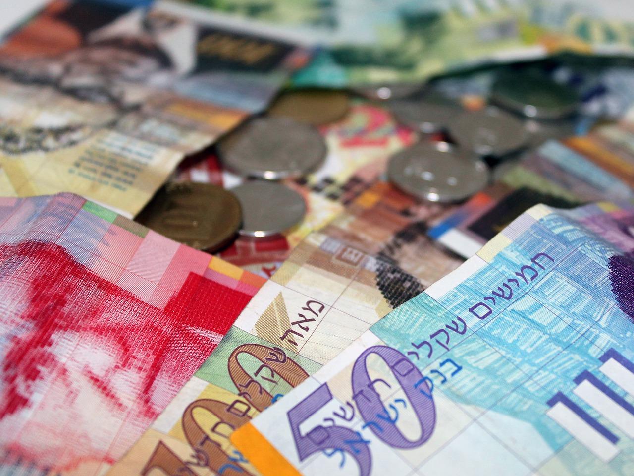 Si se consideran los últimos 12 meses, es la moneda más fuerte del mundo.