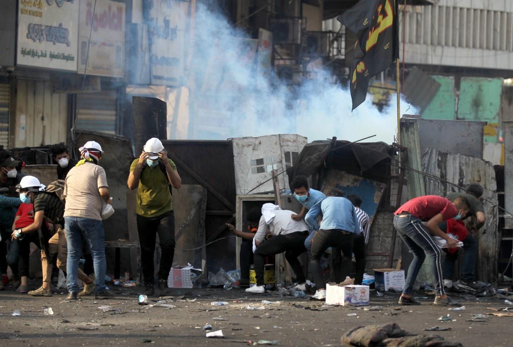 Enfrentamientos entre policías y manifestantes en Bagdad