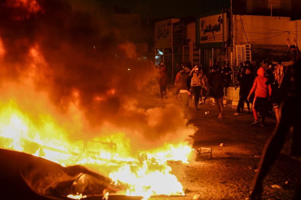 Fuego en el consulado iraní en Najaf