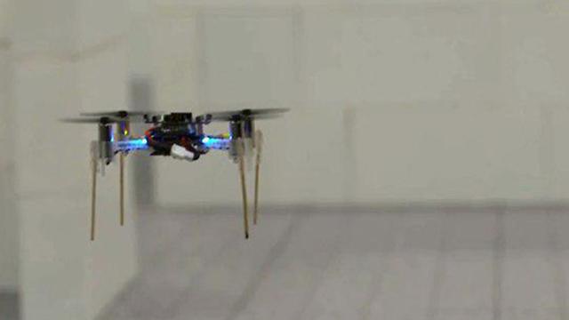 Los drones miden 20 centímetros de diámetro y pesan menos de 50 gramos