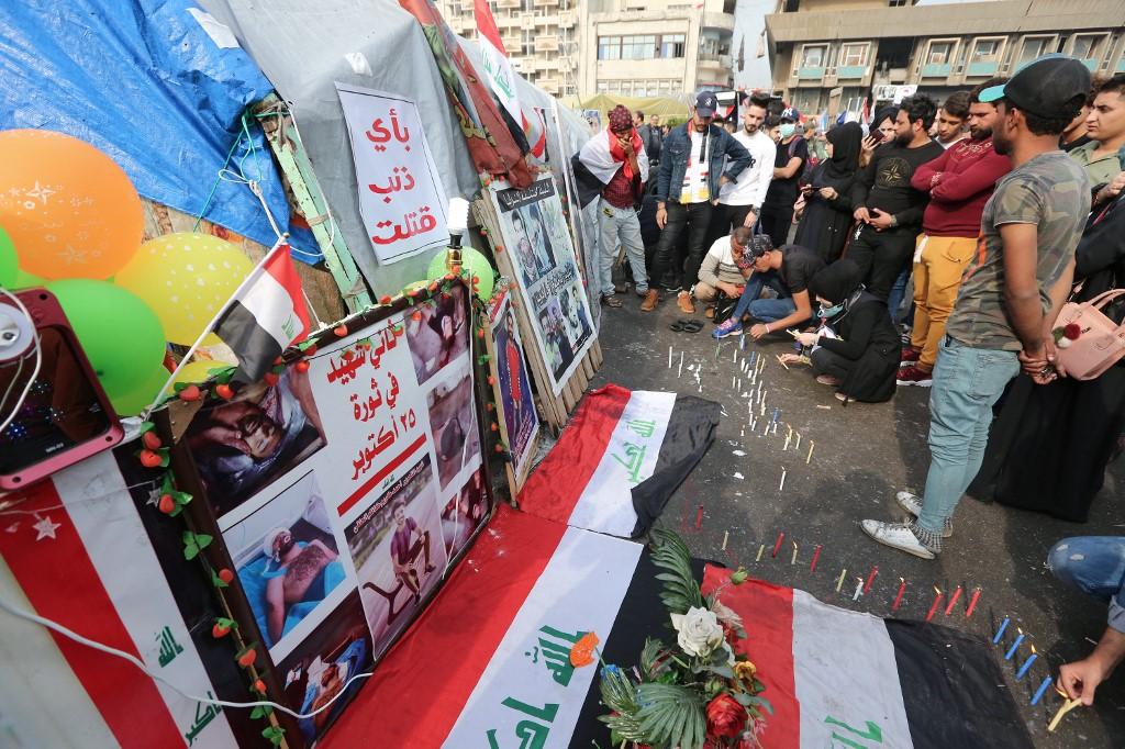 Los iraquíes homenajearon a los muertos en los enfrentamientos con las fuerzas de seguridad