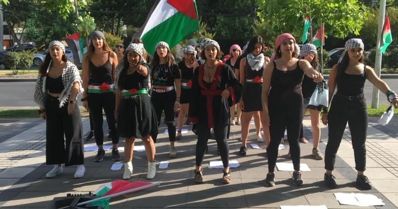 Protesta de chileno-palestinas feministas contra Israel