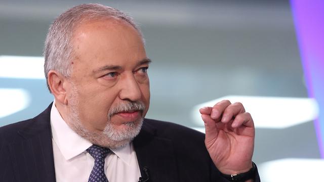 """Liberman: """"Netanyahu se ha convertido en una carga para la Knesset"""""""