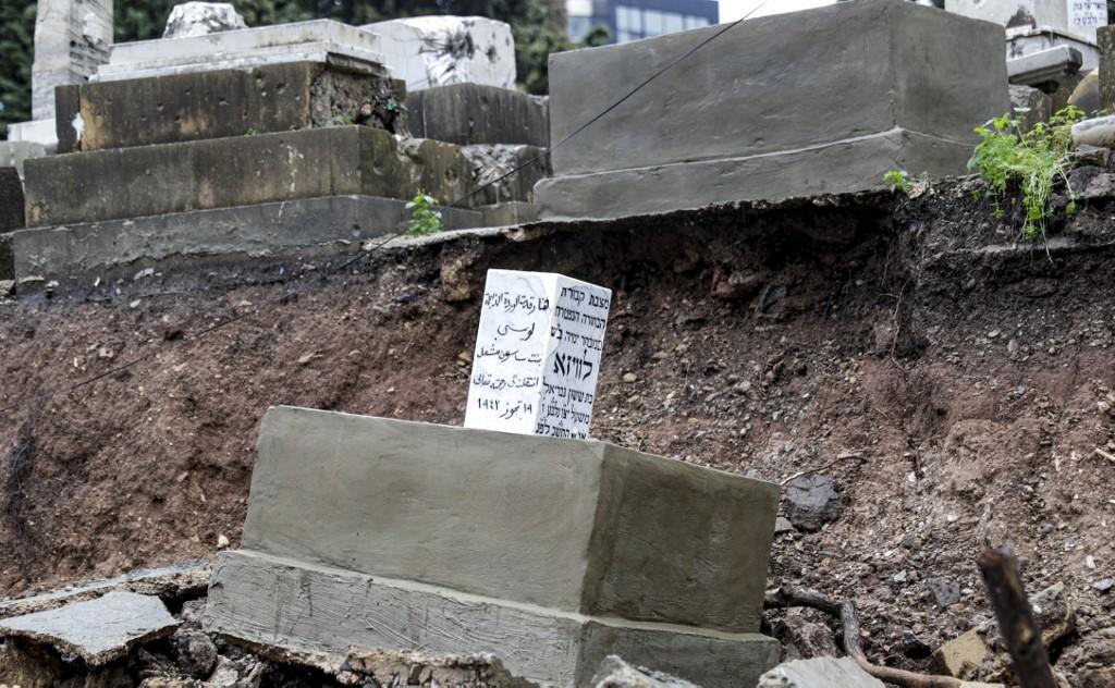 Las precipitaciones provocaron graves daños en el cementerio judío en Beirut