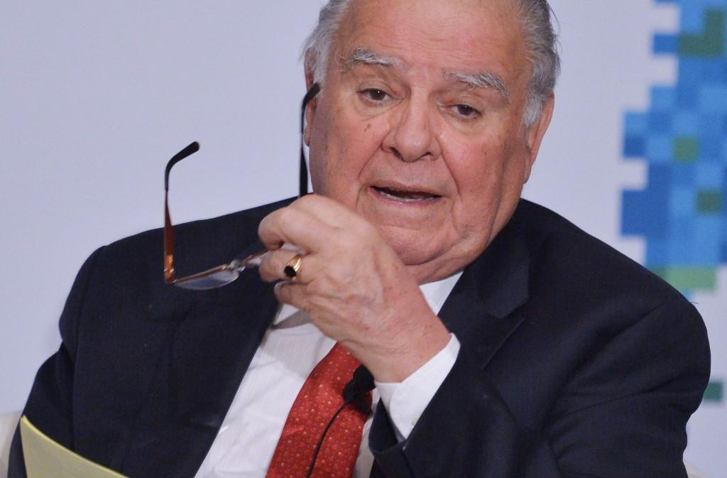 Cr. Enrique V. Iglesias