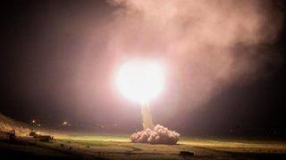 Lanzamiento de un misil iraní contra una posición estadounidense en Irak (imagen de archivo)