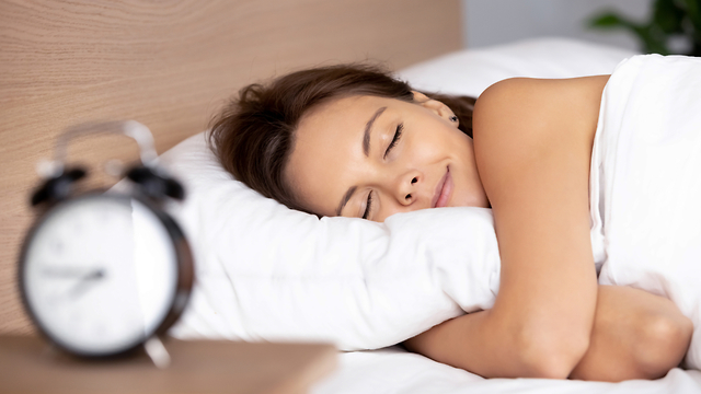 La cantidad adecuada de horas de sueño depende de varios factores