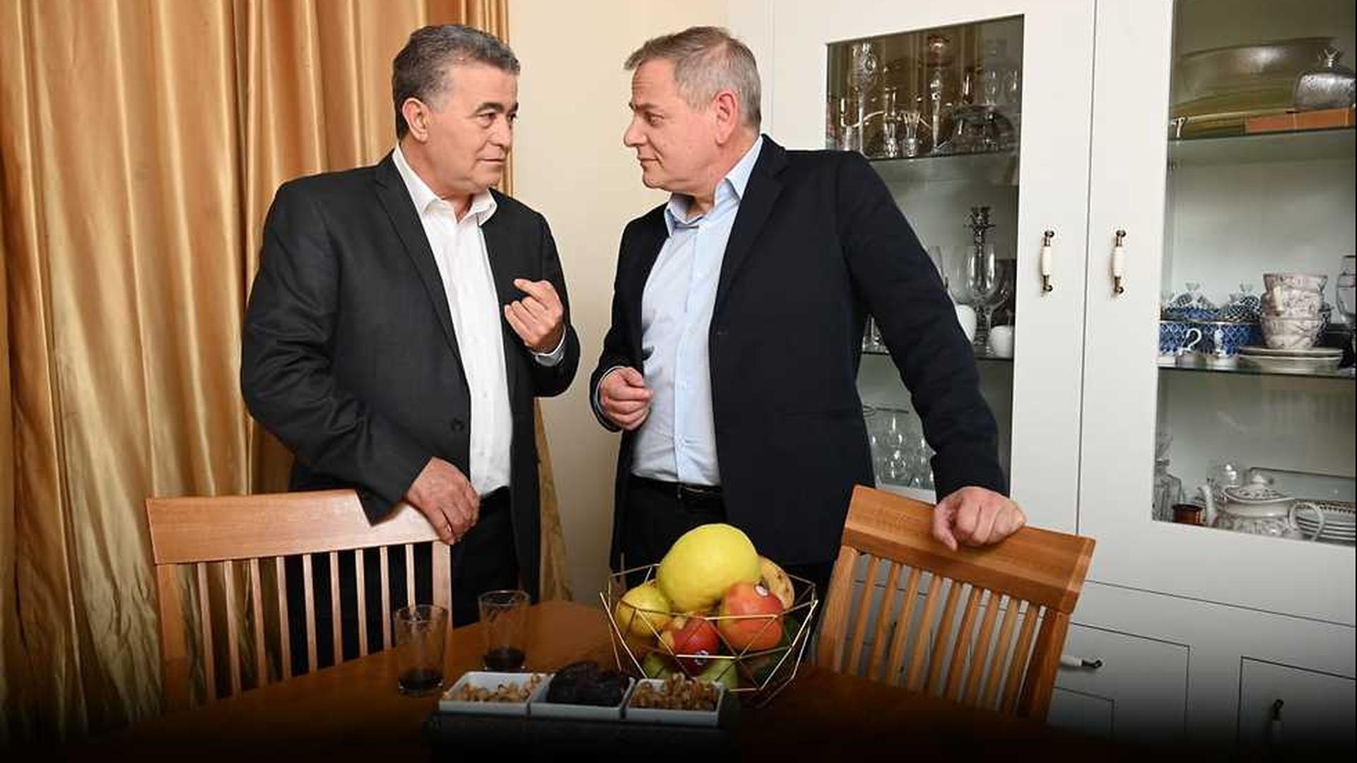 Amir Peretz (Avodá) y Nitzan Horowitz (Meretz) se unen de cara a las próximas elecciones