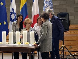 Sobrevivientes presentes en el acto de la comunidad judía colombiana