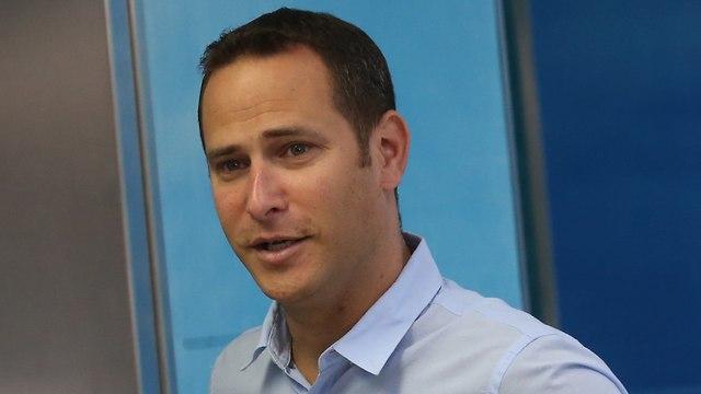 """Raz Kinstlich, alcalde de Rishon Letzion: """"El plan del Ministerio de Salud pone en peligro la vida de los pacientes"""""""