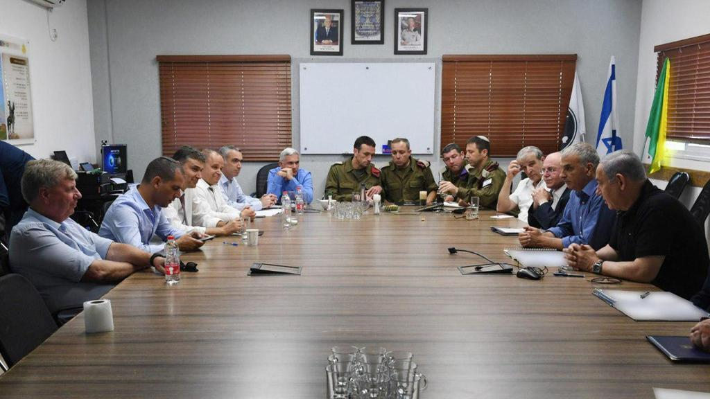 Benjamín Netanyahu se reunió con los líderes del sur el verano pasado