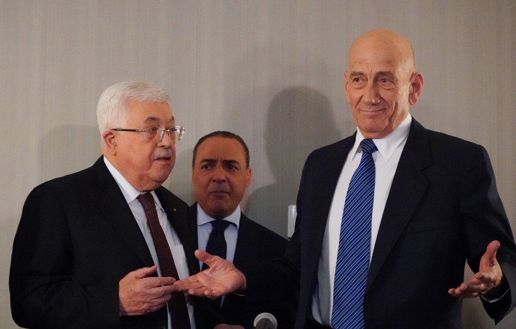 Duras críticas de la derecha a la reunión entre Olmert y Abbas