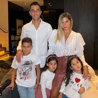 La familia Zahavi debió regresar a Israel por un tiempo indeterminado