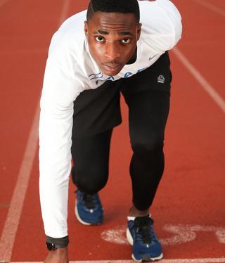 Blessing Afrifa, en la línea de partida, listo para correr en representación de Israel