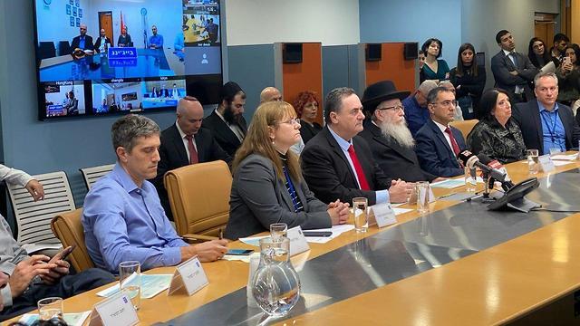 """Katz en conferencia de prensa: """"Tomaremos todas las precauciones necesarias para evitar que el virus se propague en Israel"""""""