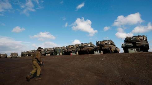 Fuerzas israelíes en la frontera siria