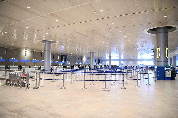 El aeropuerto Ben Gurión vacío, la postal más temida por la indsutra turística israelí