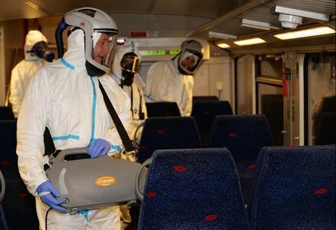 Operativo de desinfección de trenes