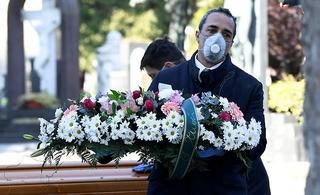 Muertes por coronavirus en Italia