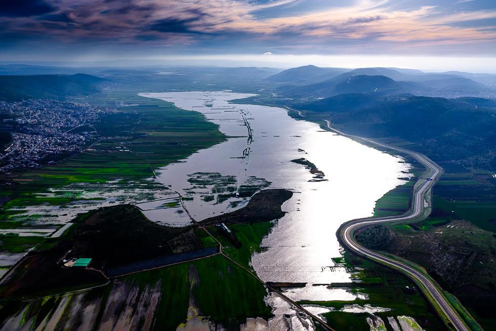 El Valle de Beit Netofa, convertido en un lago debido a las intensas lluvias de los últimos meses.
