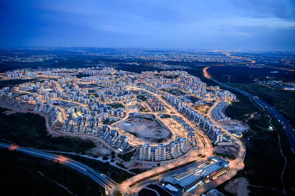 Anochecer en Jarish, la nueva ciudad israelí construida en los últimos años.