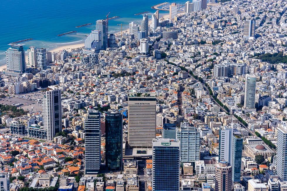 Calle Allenby y corazón histórico de Tel Aviv.