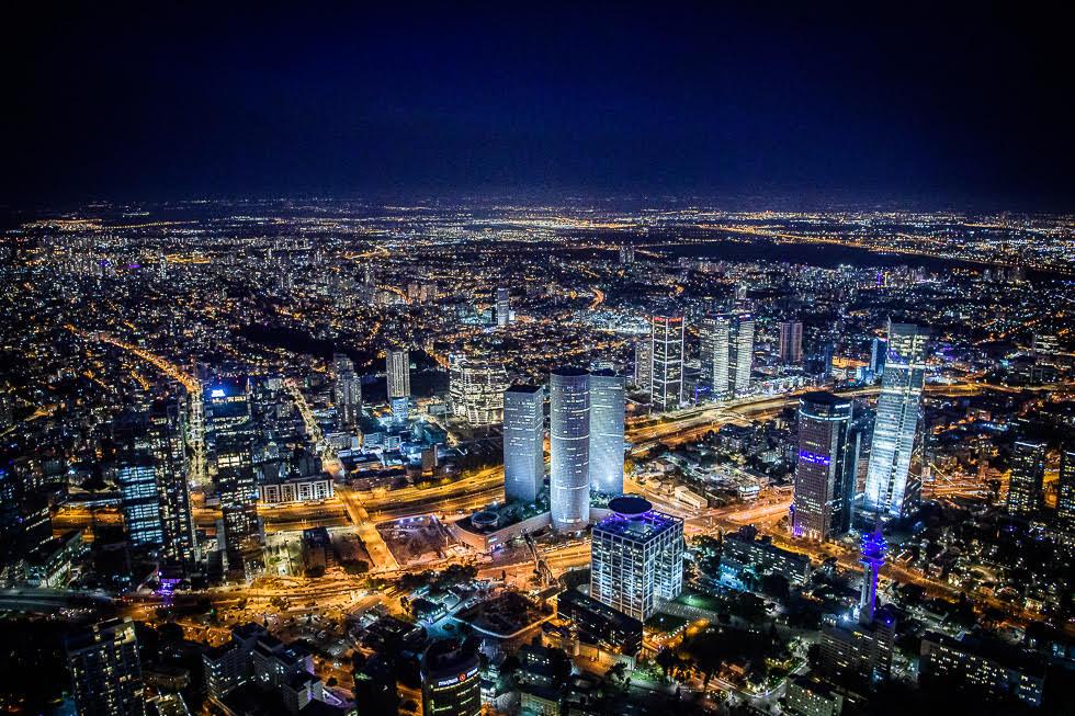 Vista nocturna de Tel Aviv.