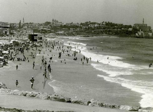 Playa de Tel Aviv, Yom Haatzmaut, 1970.