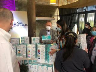 La embajada de Israel en Chile donó 10.000 mascarillas a la comuna de San Bernardo.