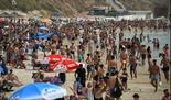 Los israelíes acudieron en masa a la playa de Hertzliya esta semana.