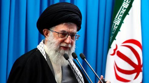 "El Ayatolá Alí Jamenei se refirió al atentado como una ""conspiración planeada de antemano""."