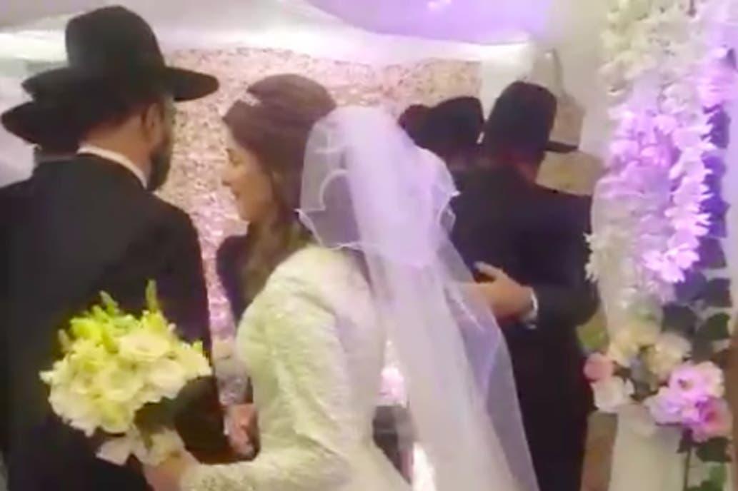 Miembros de la comunidad judeo-ortodoxa de Buenos Aires incumplieron la cuarentena obligatoria y celebraron una boda en la ciudad.