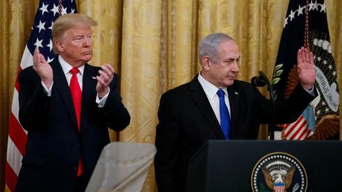 O presidente dos EUA, Donald Trump, e o primeiro-ministro Netanyahu, durante a apresentação do plano de paz americano em Washington.