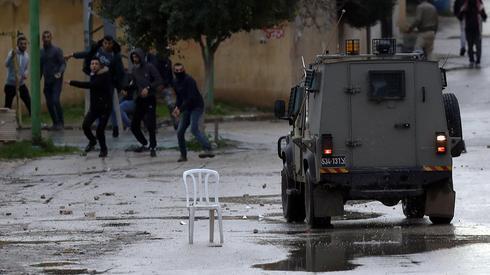 """Un funcionario palestino afirmó que el fin de la cooperación con Israel no es una """"luz verde"""" para atacar objetivos israelíes en Judea y Samaria."""
