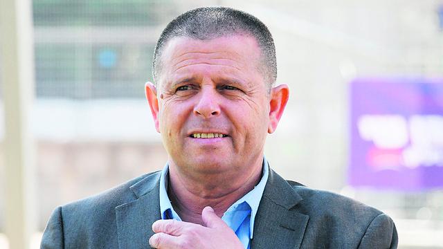 """Eitán Kábel, promotor de la ley sobre JUUL. """"Van a volver"""""""