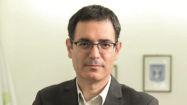 Moshe Bar Siman Tov, director general de Salud, instó a no usar el cigarrillo electrónico.