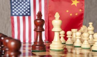 Estados Unidos y China están en un juego de ajedrez sobre la batalla por el dominio 5G.