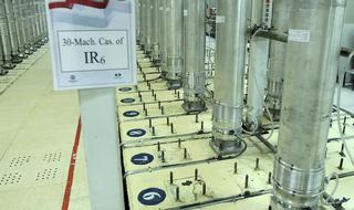 Las centrifugadoras iraníes permiten fabricar un arma nuclear en poco tiempo.