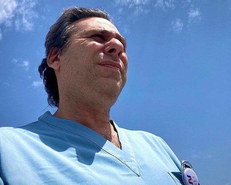 Alejandro Roisentul nació en Argentina pero hace más de 30 años vive en Israel.