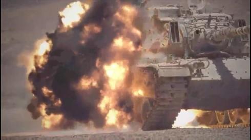El misil en acción: podrá atravesar vehículos blindados y muros de hormigón armado.