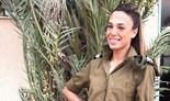 La nueva reina de belleza de Israel da sus primeros pasos en las FDI.