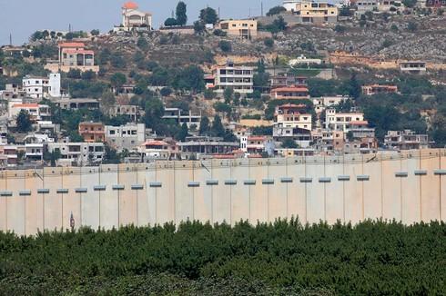 Cerco de frontera con Líbano.