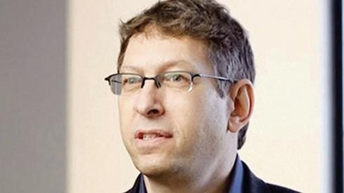Profesor Tal Zaks, director médico de Moderna.