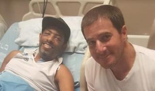 Salvar la vida de un desconocido. Yaron Fogel y Bark Yifat.