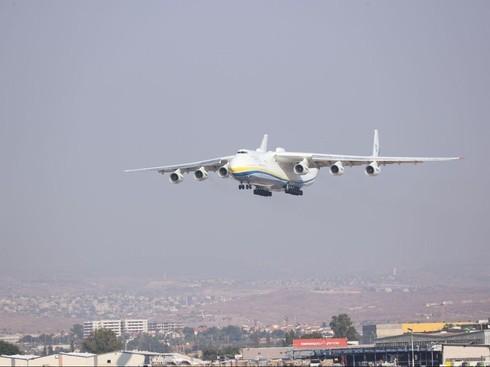 El avión ucraniano sobrevuela Israel.