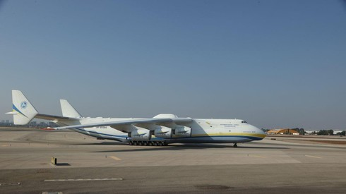 Sin carga puede alcanzar una velocidad de 850 km/h.