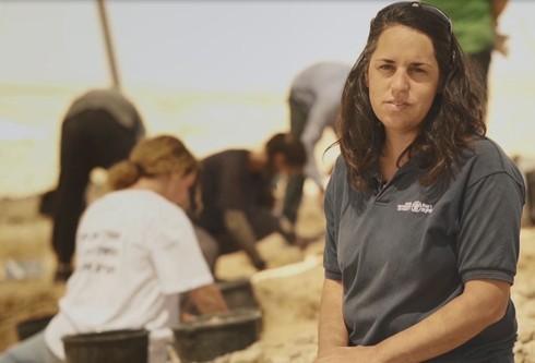 Maia Oron, una de las directoras de la excavación.